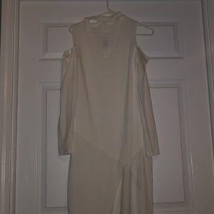 Dresses & Skirts - Stylish white dress 🔥
